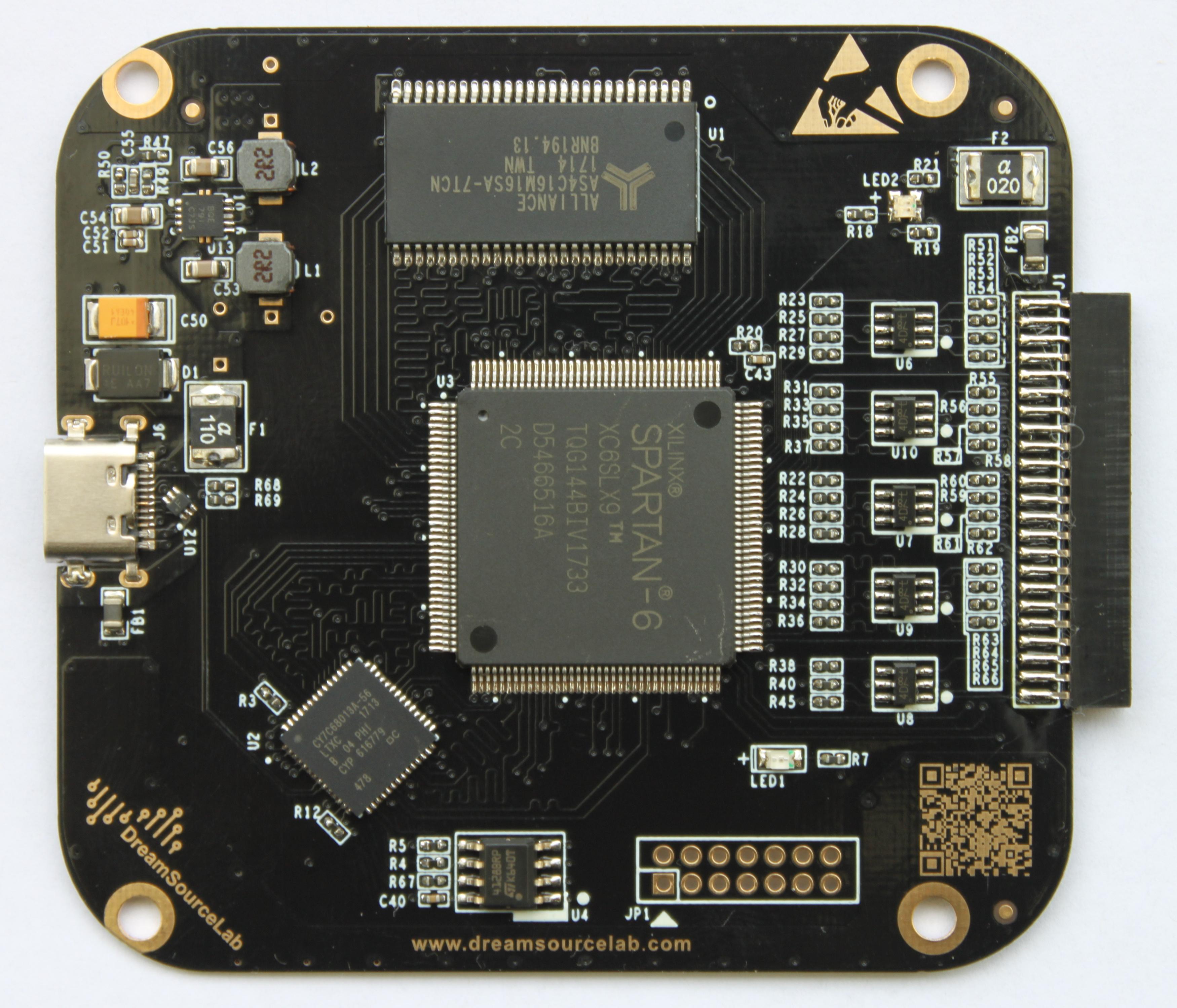 DSLogic Plus PCB Front